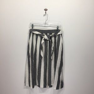 Catherine Malandrino grey white stripe linen skirt